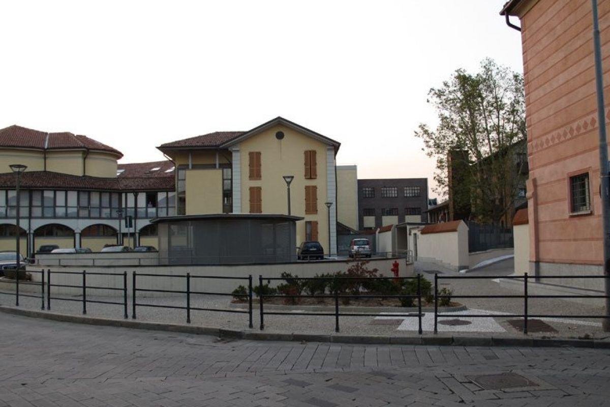 Garages Piazza Marconi